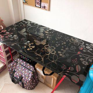 🚚 Ikea floral glass table top with metal stand