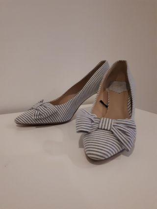 H&M White/Blue stripe shoes