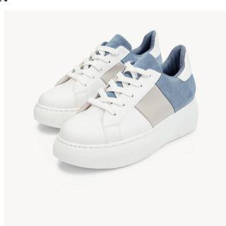 Stylish Blue Tone Platform Sneakers