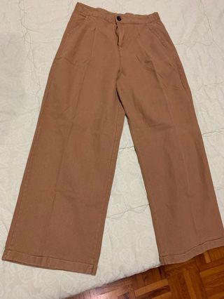 Brown oversized pants