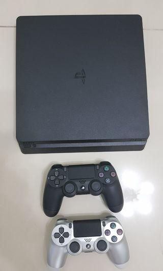 Ps4 Slim with psn and ps4 games