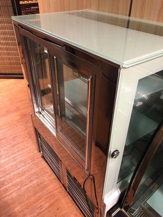 三層西餅展示櫃