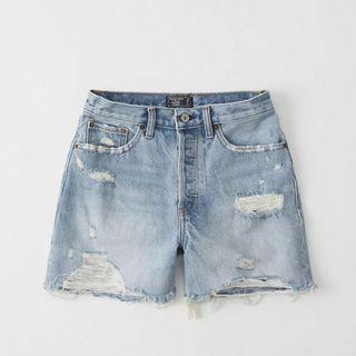 ABERCROMBIE&FITCH HIGH WAIST DENIM SHORTS