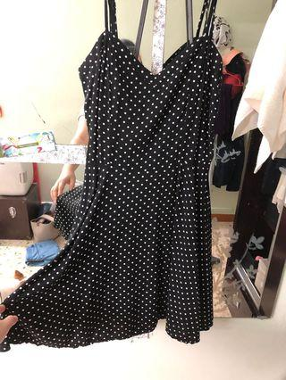 🚚 Black Polka Dot Dress vintage