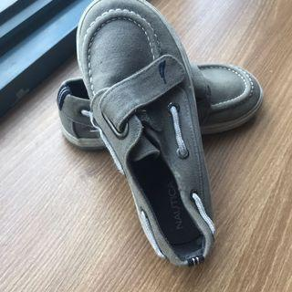 Nautica shoes size 11 for boys