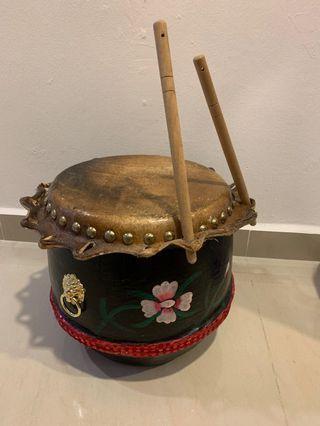 Lion / Dragon Dance Drum.....