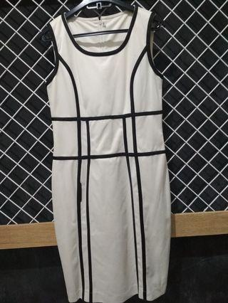 Mididress white
