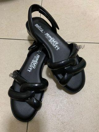 🚚 Melissa Jeremy Scott sandals
