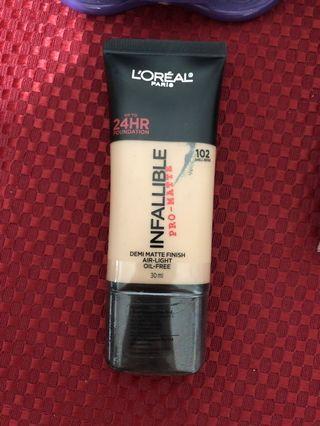 🚚 L'Oréal infallible 24hr pro-matte foundation in shell beige