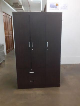 3 Door Wardrobe Cupboard FREE DELIVERY