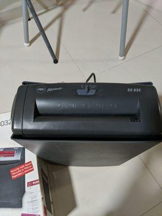 🚚 GBC ShredMaster SC032