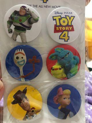 TOY STORY 4 BADGE BRAND NEW