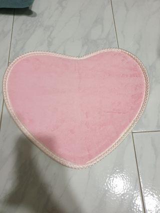 Heart shape carpet new pink | blue