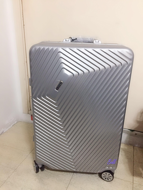 【$4800】ELLE Authentic Vortex Collection Sliver Luggage Case Suitcase 正品24吋鋁框八轆 旅行箱 行李箱 行李喼 連原裝防花保護袋 1 個 ELLE Mon Must Have Cheri Numero 1 Sur Ma Shopping List 24×17吋