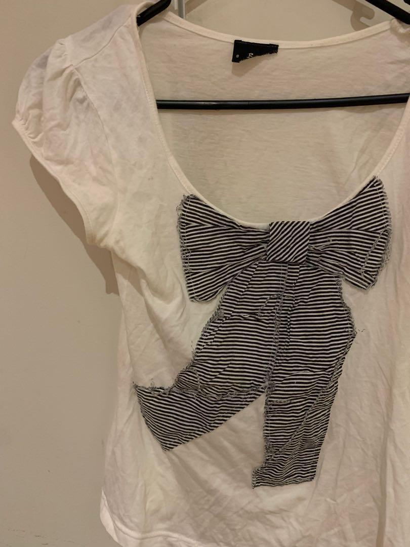 Bardot cream t shirt with black striped bow size AU 6 or XS