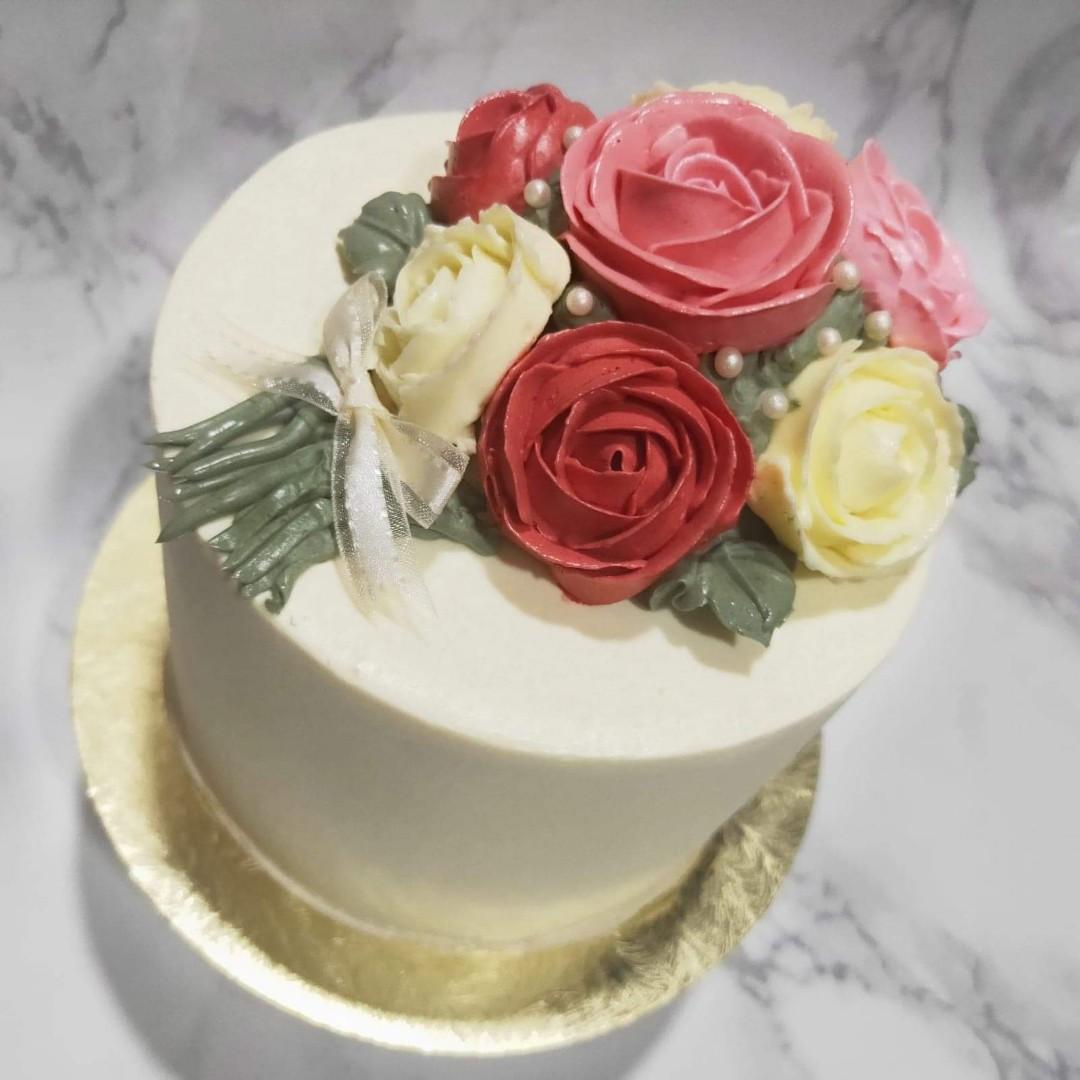 5 Customised Birthday Cake Flower Bouquet Cake Food Drinks Baked Goods On Carousell