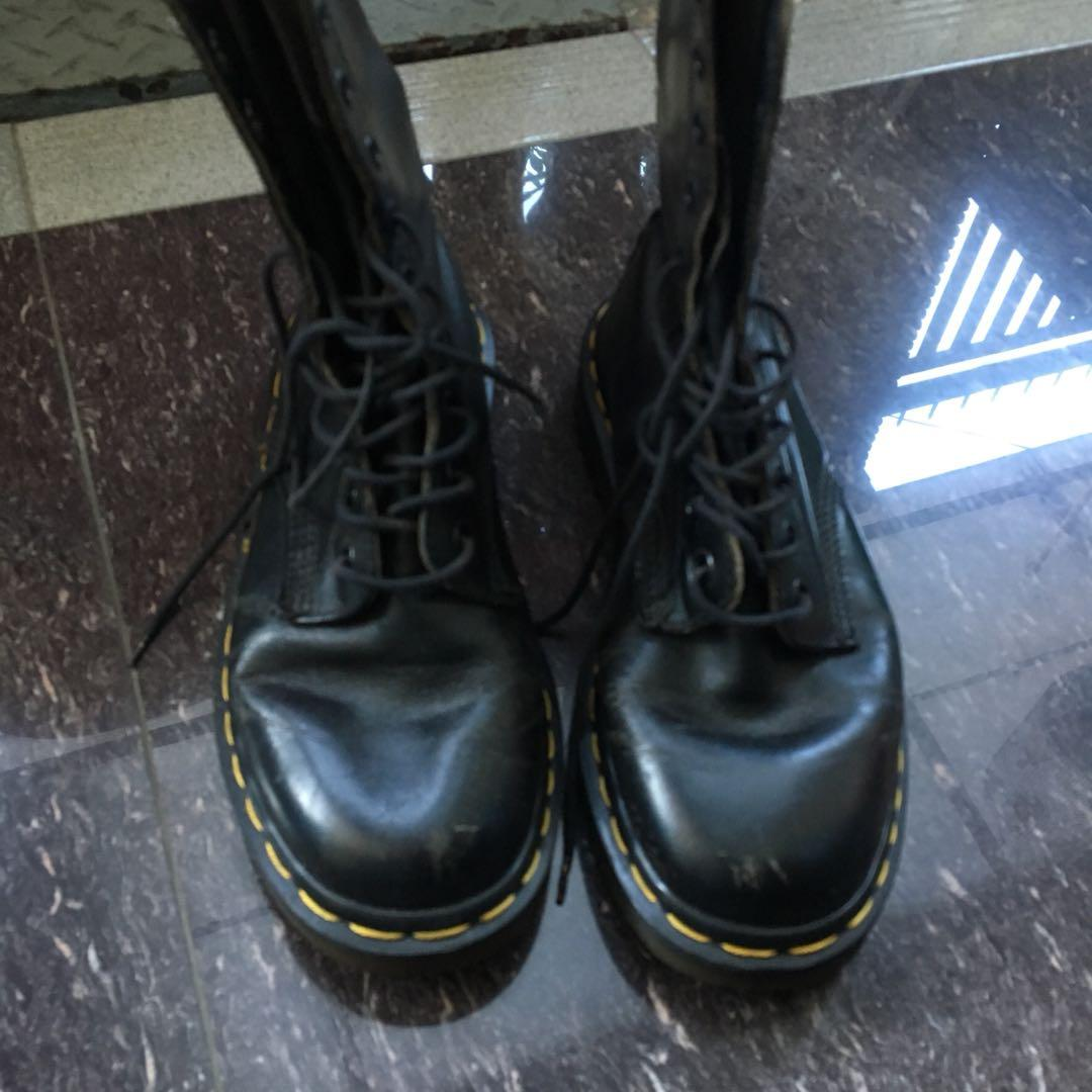 Dr. Martens 1490 Made in England