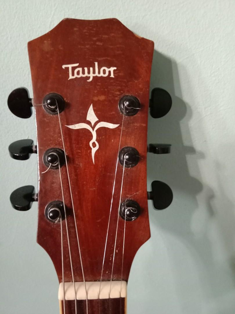 Gitar taylor akustik elektrik custom (bukan ori)
