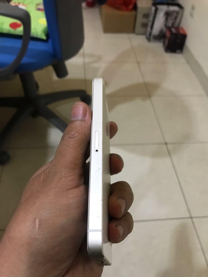 Iphone 5s (baca diskripsi)