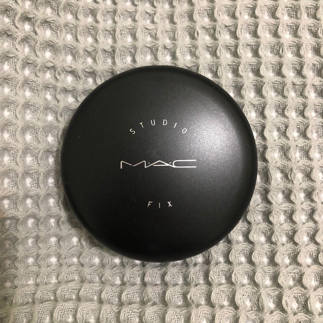 MAC - STUDIO FIX POWDER FOUNDATION NW20