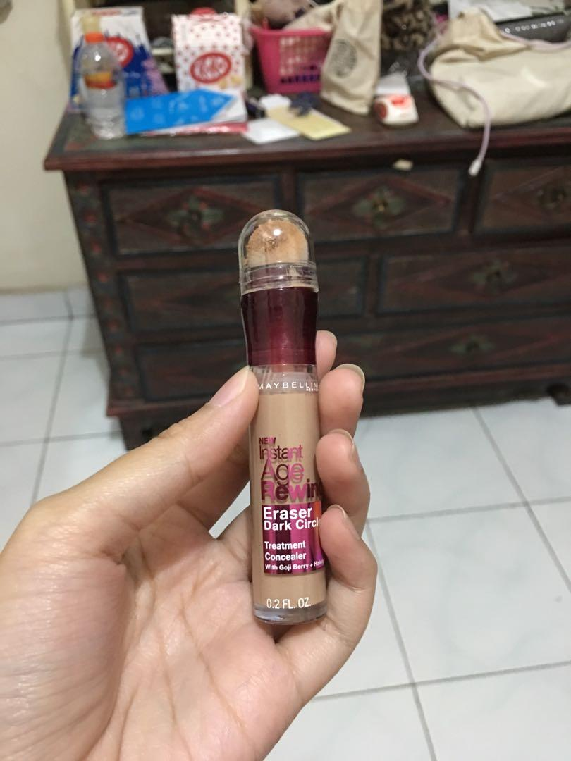 Maybelline Instant Age Rewind Shade 130 Medium