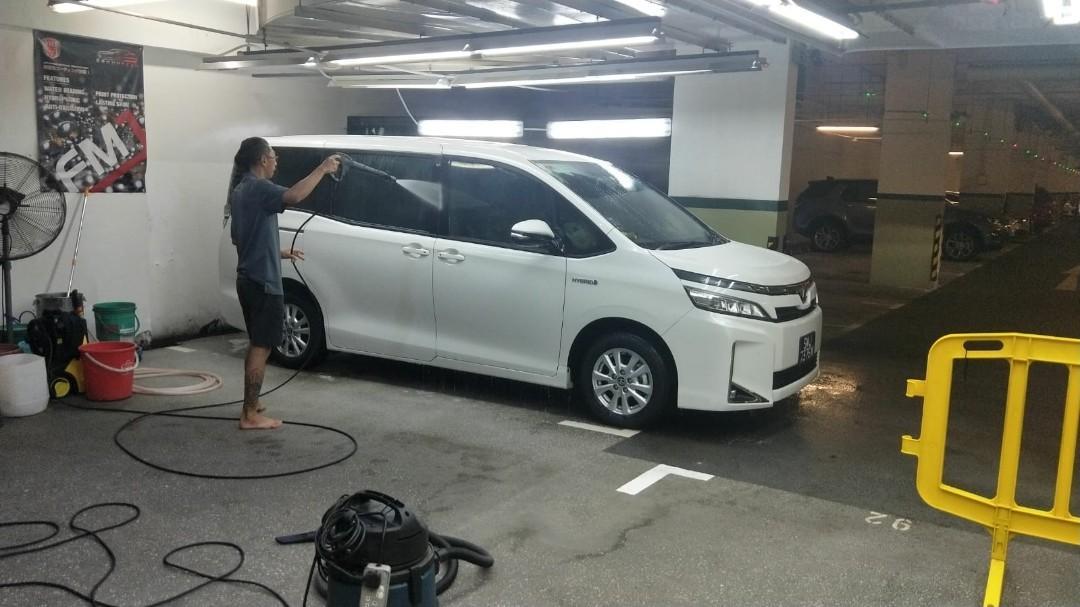 PHV Driver for MPV car