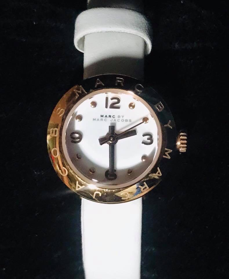 ❤️SALE❤️$189 only 😍 Authentic Marc by Marc Jacobs Watch  In Excellent used Condition  genuine Leather strap  Gorgeous 😍
