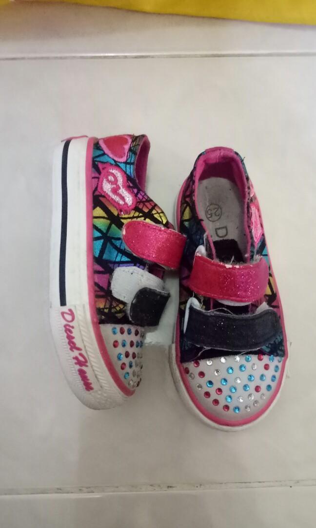 sepatu anak mirip2 skeceher