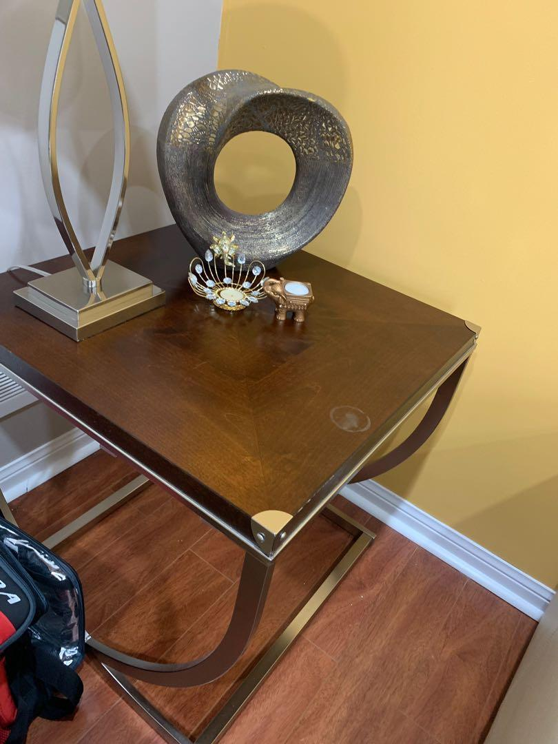 Side, centre, entryway console for a very cheap price!