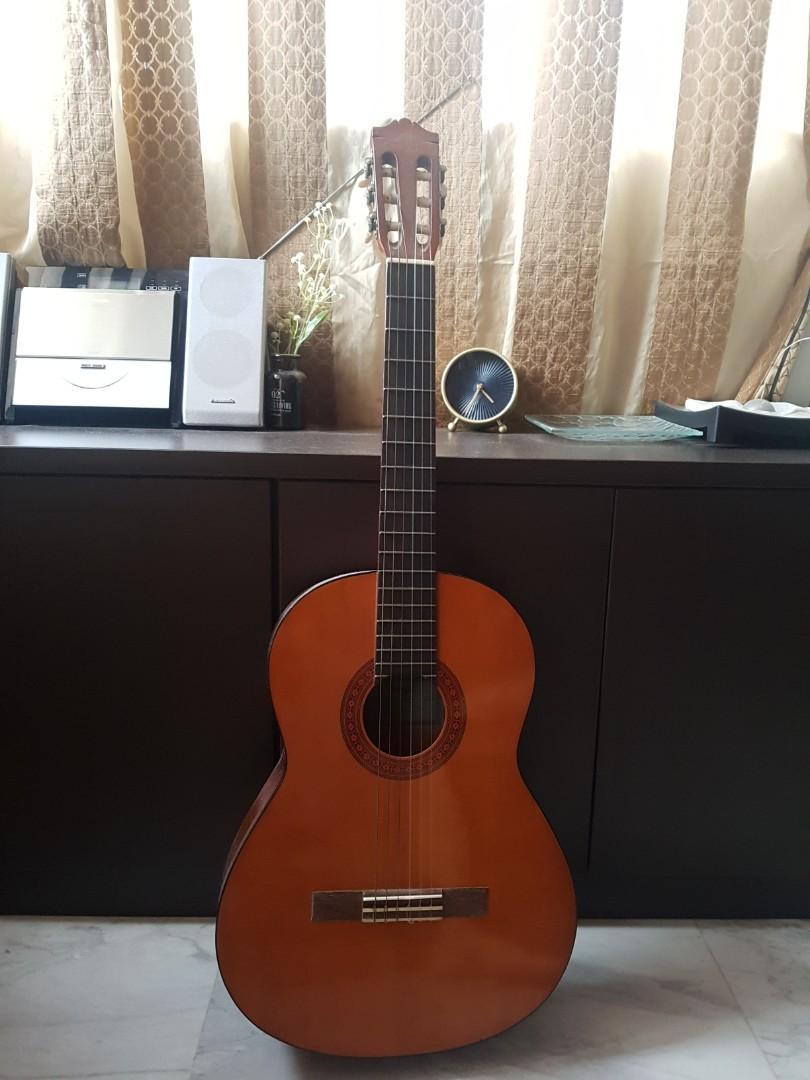 Yamaha- Classical Guitar