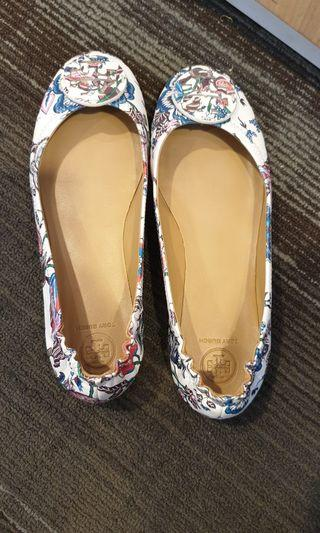 Preloved tory burch minnie flats - white