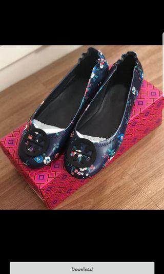 Preloved tory burch minnie flats - navy