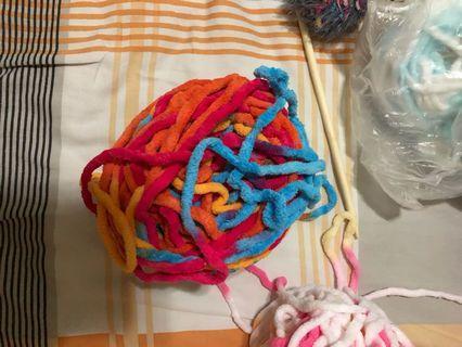 新色冷球,兩團一條頸巾!買滿40送冷針
