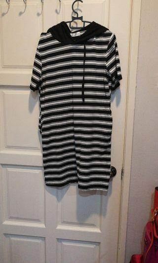 Dress ( striped)