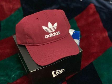 🚚 酒紅Adidas愛迪達棒球帽「二手九成新」
