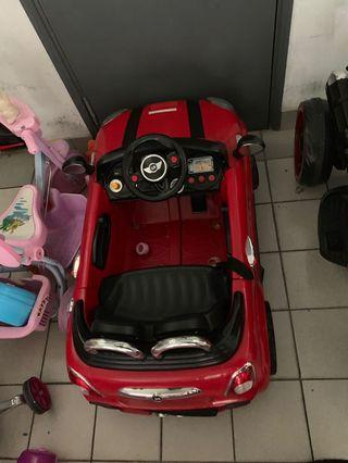 Chargeable kids car