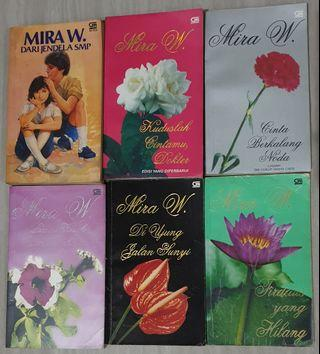 Novel Roman Indonesia Karya Mira W. 1 Set Isi 6 Buku (Pre-Owned)