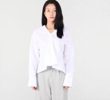 ✨RRP $120 NOW $25! Price STILL negotiable✨White relaxed shirt