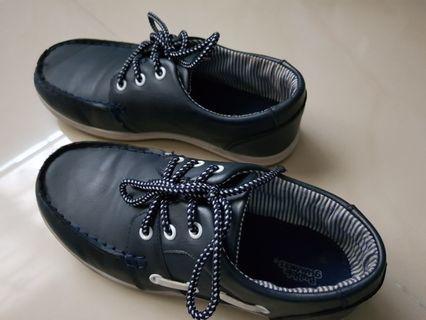 BUBBLEGUMMERS Kids Shoes