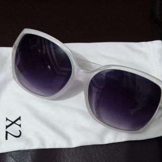 Kacamata fashion wanita X2 (Preloved)