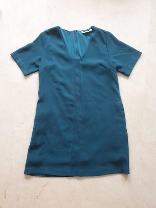 🚚 Frontrow by Klarra Green Shift Dress