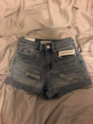 BNWT Pacsun Ripped/Distressed Denim Jeans Shorts