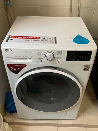 🚚 LG washing machine almost new!