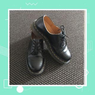 doc martens 1460 low cut