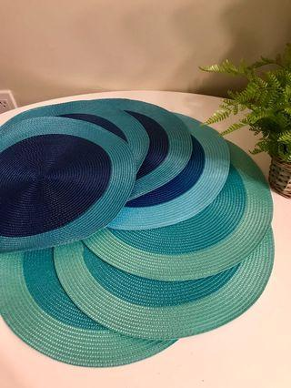 BEAUTIFUL ROUND PLACEMATS FOR DINING TABLE