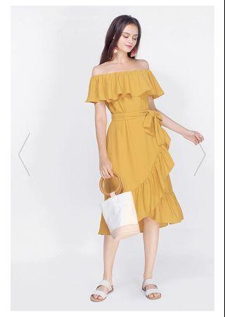 Fayth Jewell Ruffle off shoulder dress in mustard