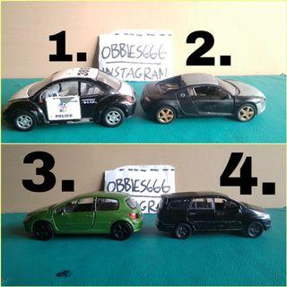 Diecast kinsmart dan Welly 1:32
