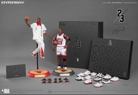🚚 Enterbay 1/6 NBA公牛隊主場 麥克.喬丹 全球限量3000組