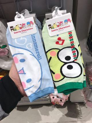 Kerokerokeroppl & Cinnamoroll Socks