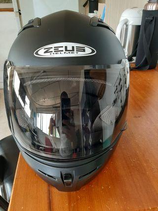 ZEUS zs813輕量化全罩安全帽